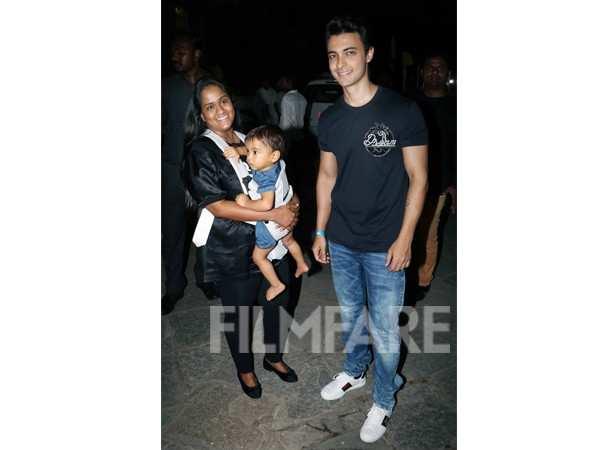 Urvashi Sharma Husband Bollywood stars at Jus...
