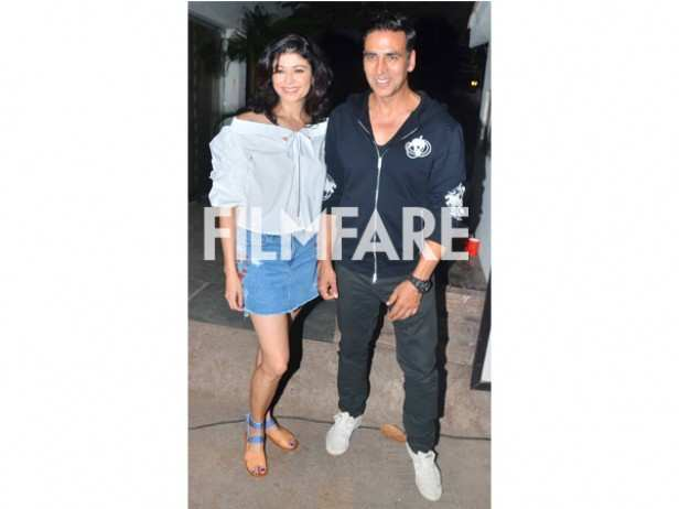 Pooja Batra and Akshay Kumar