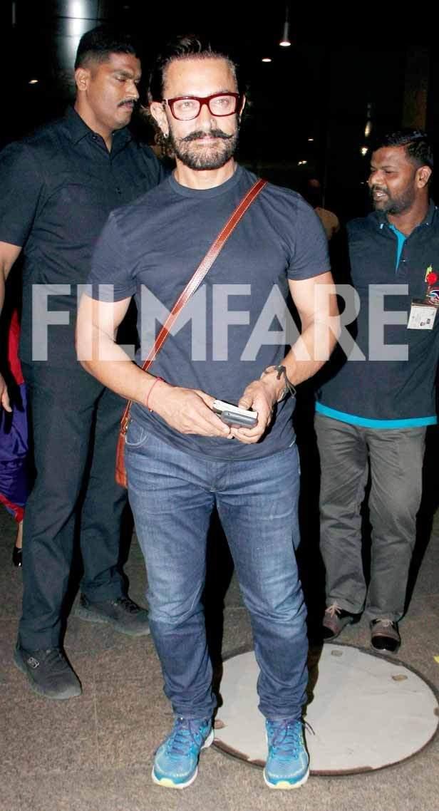 Photos: Aamir Khan and Farhan Akhtar make a stylish appearance at the airport