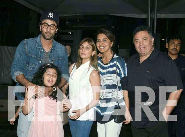 Samara Sahni, Ranbir Kapoor, Riddhima Kapoor Sahani, Neetu Kapoor and Rishi Kapoor