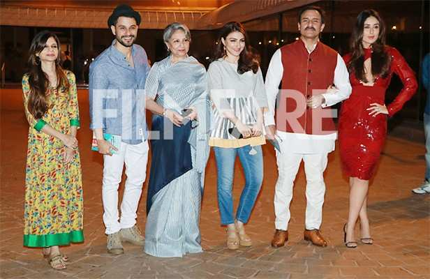 Kunal Kemmu, Sharmila Tagore, Soha Ali Khan, Saif Ali Khan, Kareena Kapoor Khan