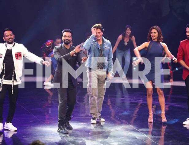 Dharmesh Yelande, Remo DSouza, Shah Rukh Khan, Punit Pathak and Shakti Mohan