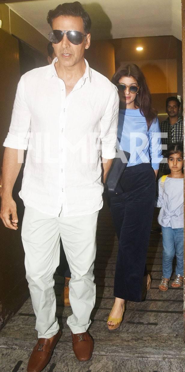 Akshay Kumar, Twinkle Khanna, Nitara Kumar