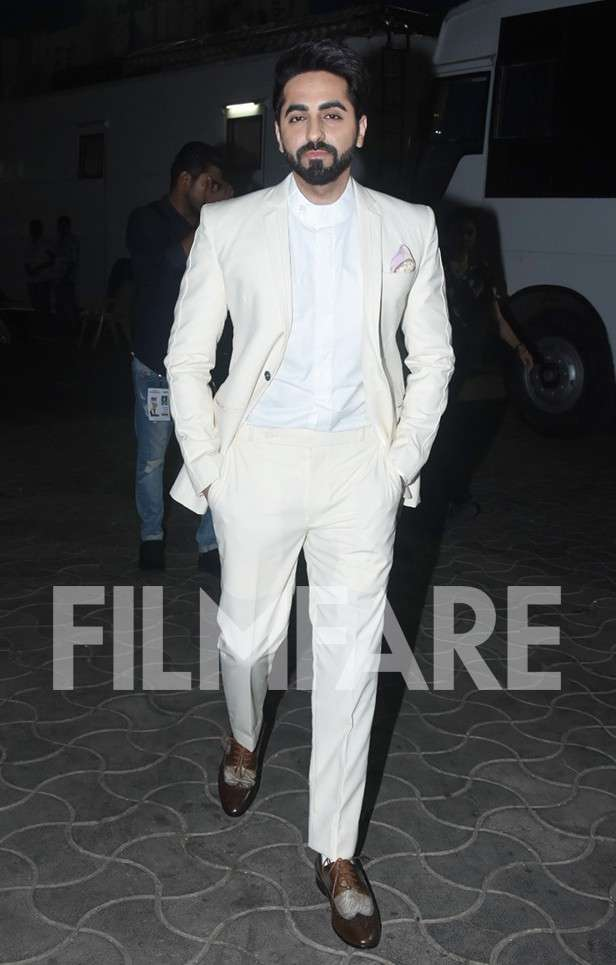 Ayushmann Khurrana looks incredibly sexy in these photos