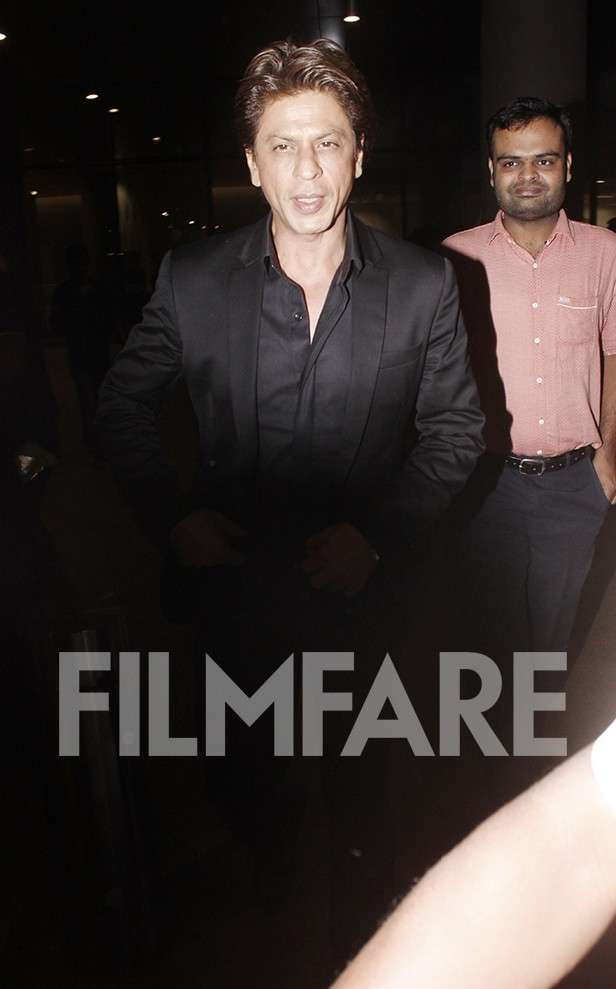 Photos! Shah Rukh Khan returns to Mumbai after the Kolkata Film Festival inauguration