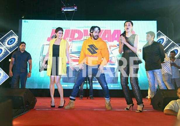 Jacqueline Fernandez, Varun Dhawan, Taapsee Pannu