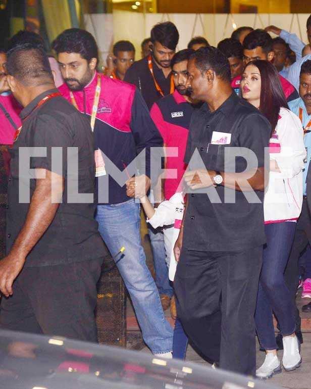Abishek Bachchan, Aishwariya Rai Bachchan, Aaradhya Bachchan, Sachin Tendulkar, Arjun Tendulkar
