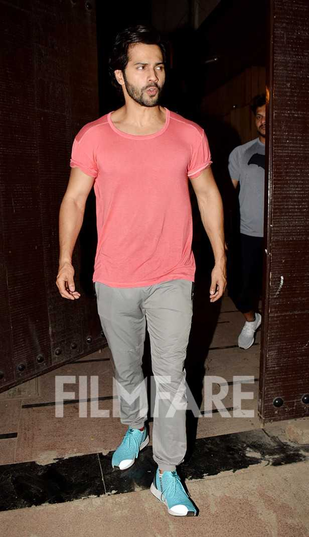 Photos: Varun Dhawan snapped post his gym session