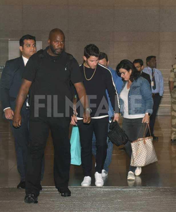 Nick Jonas, Paul Kevin Jonas, Sr, Denise Miller-Jonas