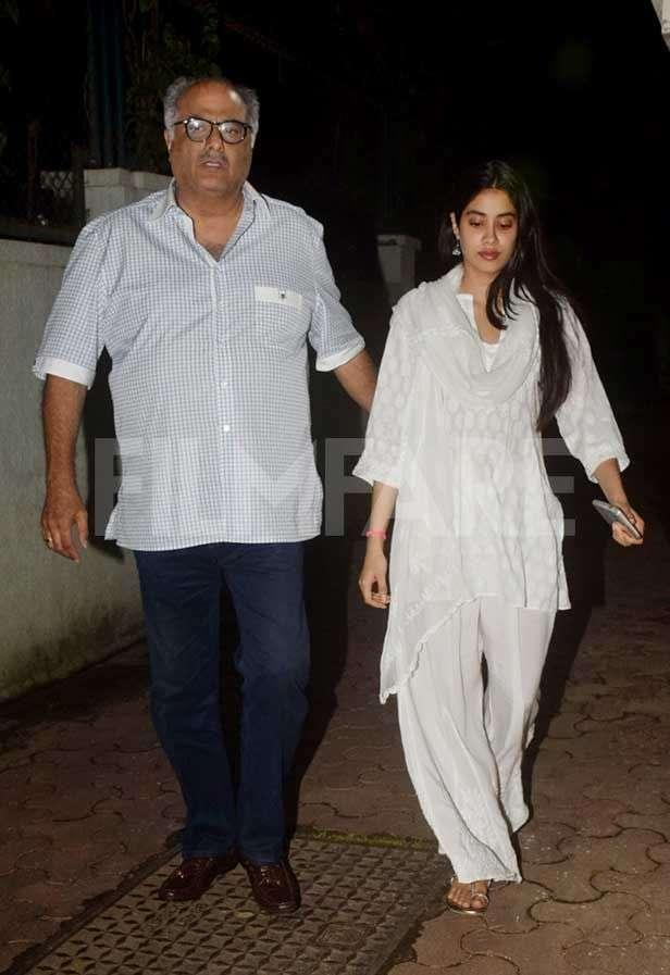 Boney Kapoor, Janhvi Kapoor, Khushi Kapoor
