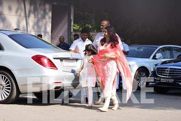 Aaradhya Bachchan, Aishwarya Bachchan