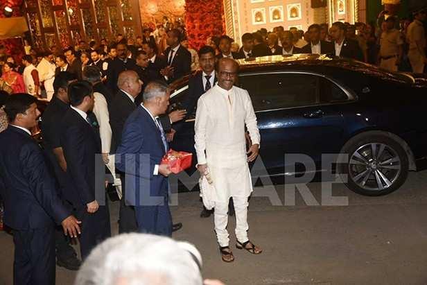 Rajinikanth arrives with wife Latha Rajinikanth for Isha Ambani's