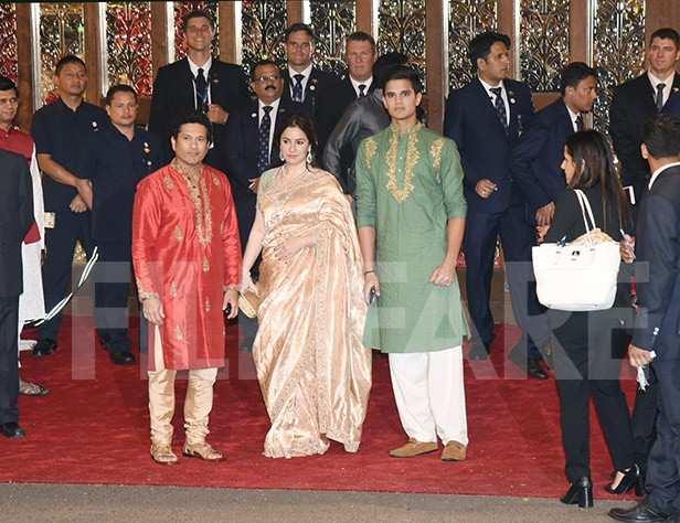 Karan Johar, Sachin Tendulkar, Anjali Tendulkar, rjun Tendulkar