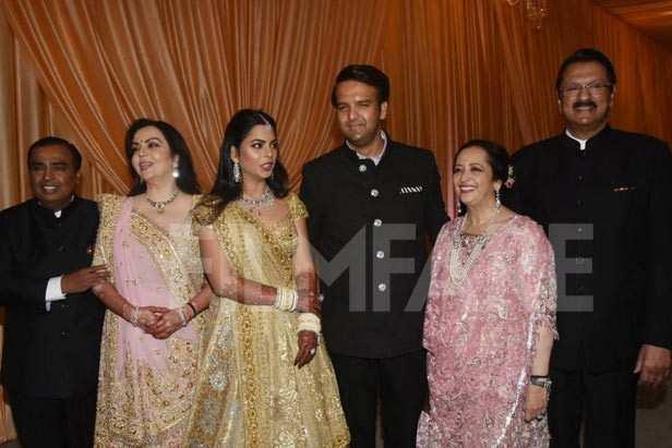 Mukesh Ambani, Nita Ambani, Isha Ambani, Anand Piramal, Swati Piramal, Ajay Piramal