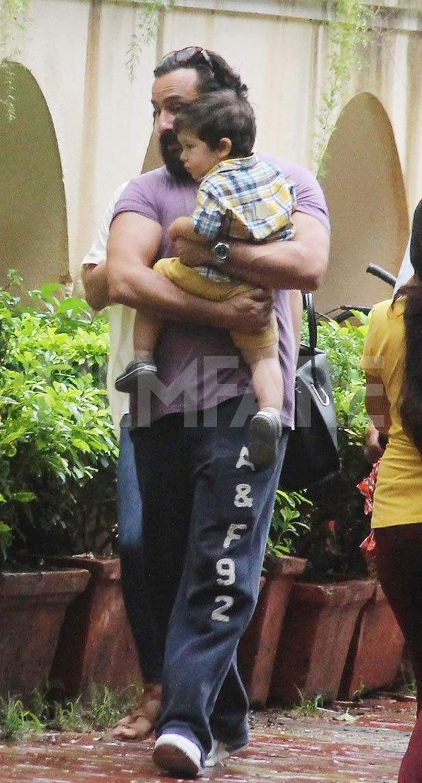 Saif Ali Khan, Taimur Ali Khan, Kareena Kapoor Khan