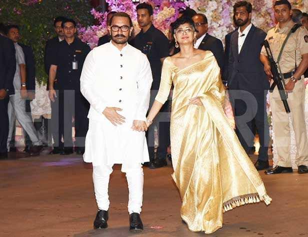 Aamir Khan, Kiran Rao, Madhuri Dixit, Sriram Madhav Nene