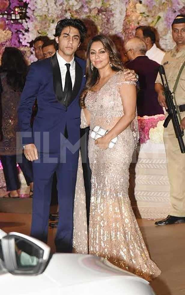 Aryan Khan, Gauri Khan