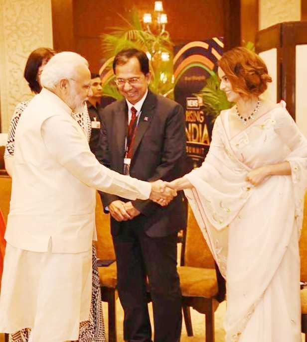 Narendra Modi, Kangana Ranaut, Prasoon Joshi