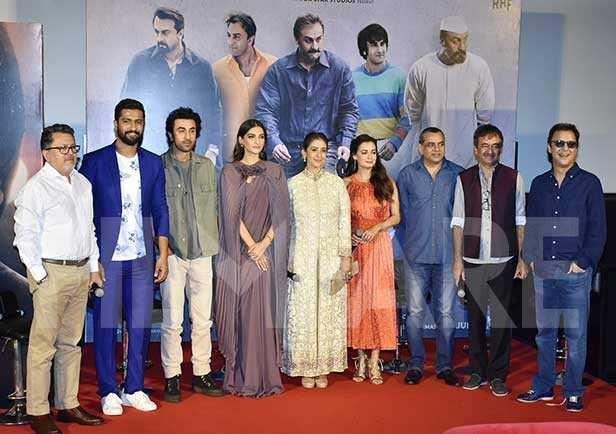 Vicky Kaushal, Ranbir Kapoor, Sonam Kapoor Ahuja, Manisha Koirala, Dia Mirza, Paresh Rawal, Rajkumar Hirani, Vidhu Vinod Chopra
