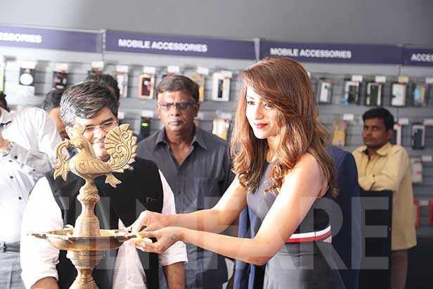 Jitesh Pillai, Trisha Krishnan,