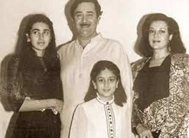 September 21, 1980 proved to be a golden day in Randhir Kapoor and Babita's lives as their second daughter, Kareena Kapoor was born that day.