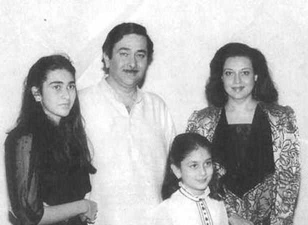 With sister Karisma, father Randhir and mother Babita Kapoor