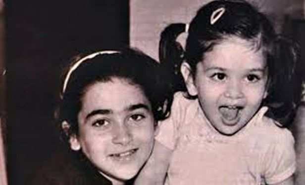 Kareena enjoyed being the little sister to actress Karishma Kapoor until she herself made a debut in 2000.
