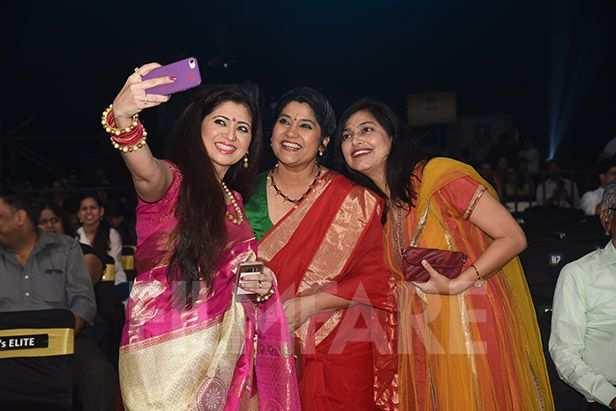 Renuka Shahane, Deepali Sayyeed