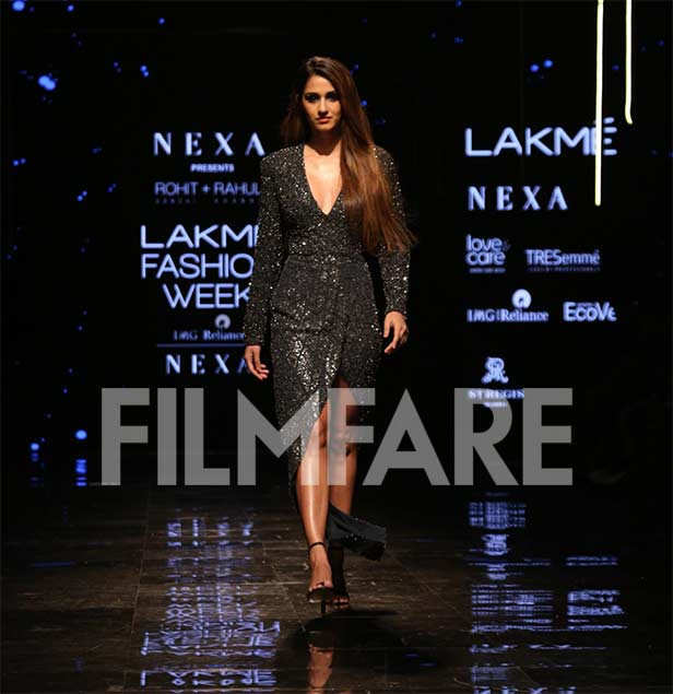 LFWWF'19: Ayushmann Khurrana and Disha Patani turn up the heat