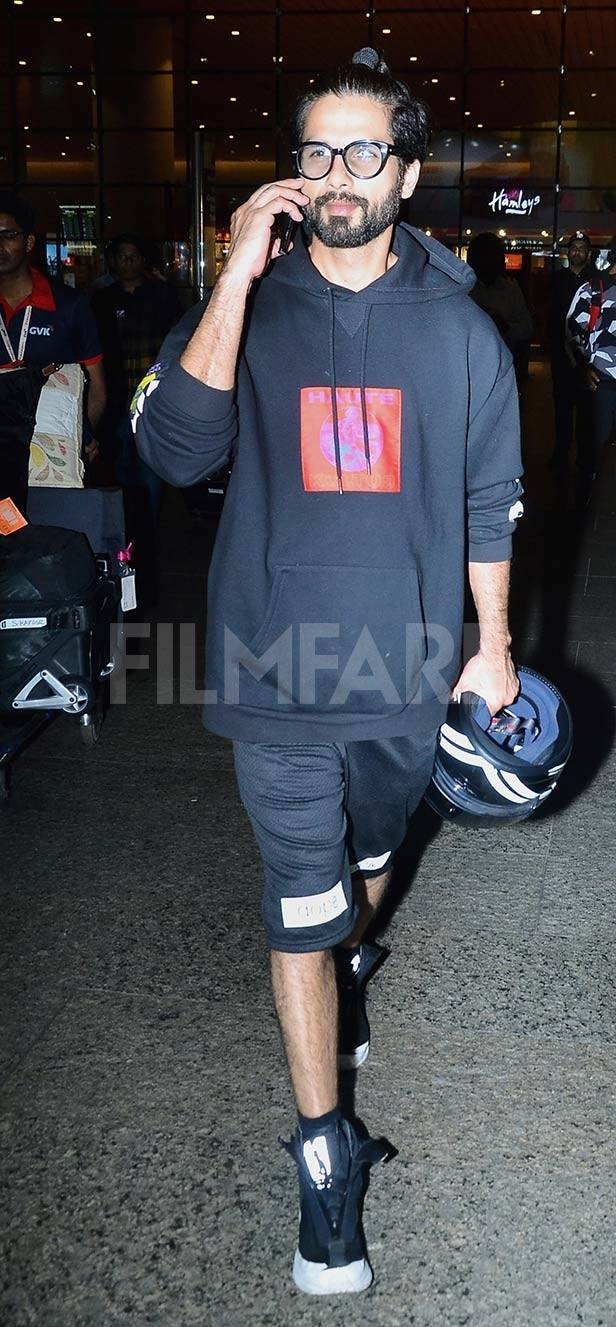 Shahid Kapoor and Ishaan Khatter return from their European vacation