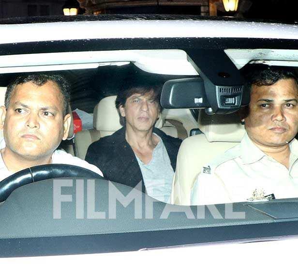 Shah Rukh Khan clicked at Karan Johar's residence