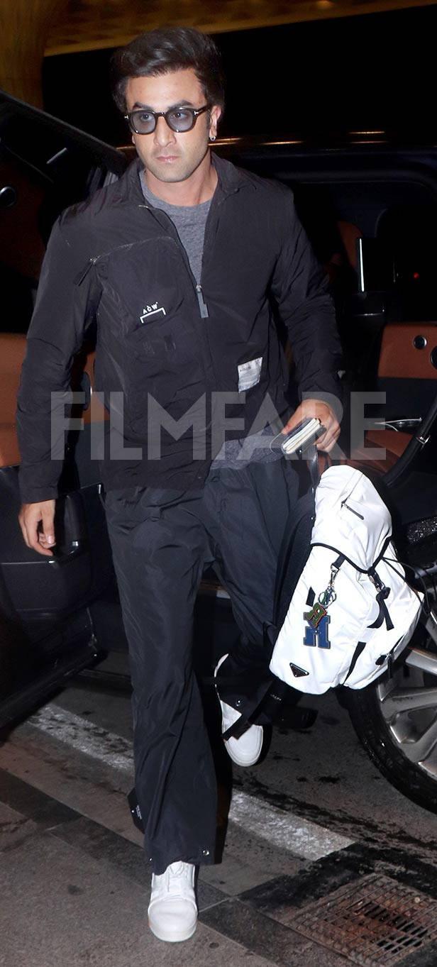 Airport spotting: Ranbir Kapoor celebrates a paparazzi photographer's birthday