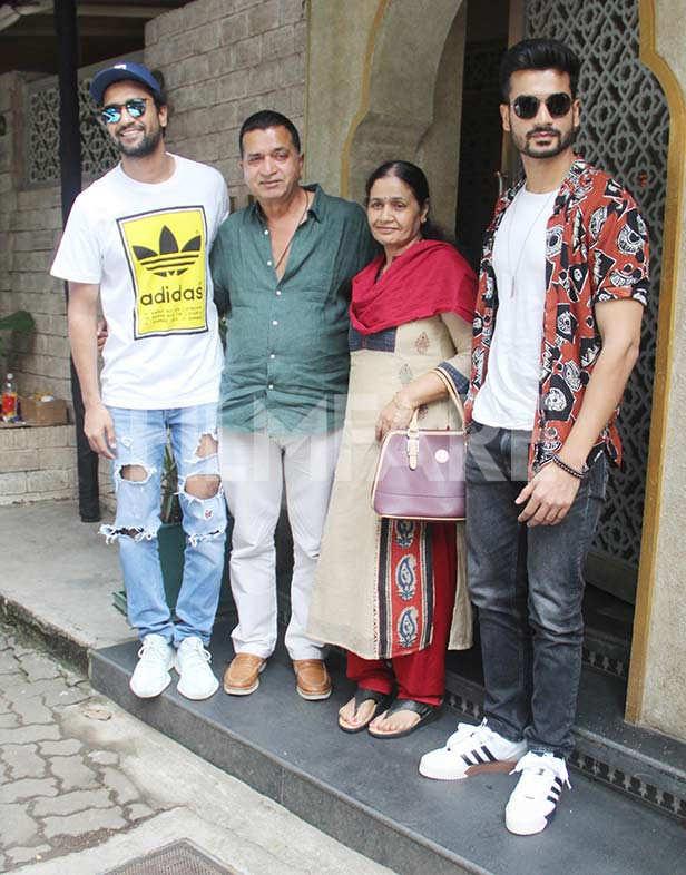 Vicky Kaushal, Sham Kaushal, Veena Kaushal, Sunny Kaushal