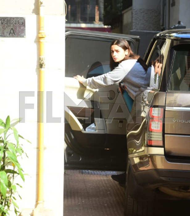 Alia Bhatt clicked at Katrina Kaif's residence