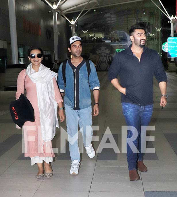 Off late, Airport sightings have become a very essential part of the paparazzi culture. With the recent boom in social media, Bollywood fans are always up to date regarding what their favourite stars are up to which also includes their travel schedules. L