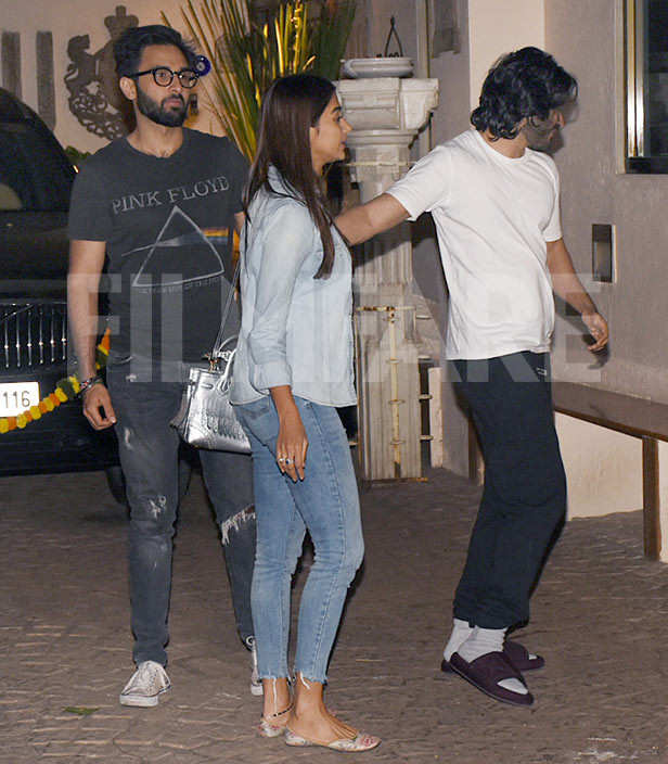 Pooja Hegde and Rohan Mehra catch up with Harshvarrdhan Kapoor