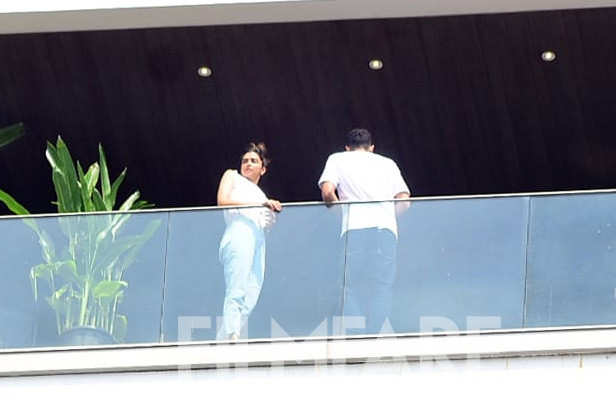Deepika Padukone, Siddhant Chaturvedi