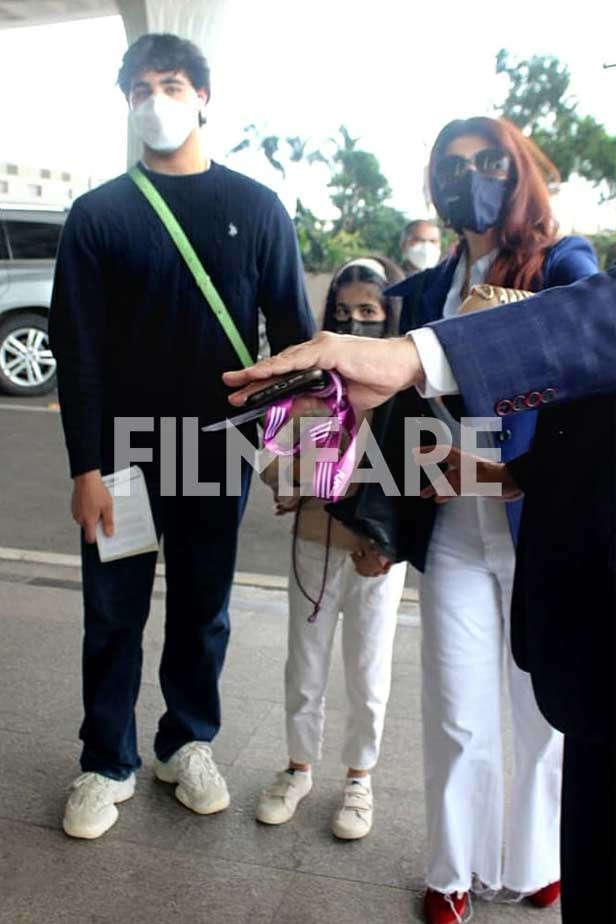 Aarav Kumar, Nitara Kumar, Twinkle Khanna