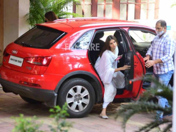 Ranbir Neetu and Tara