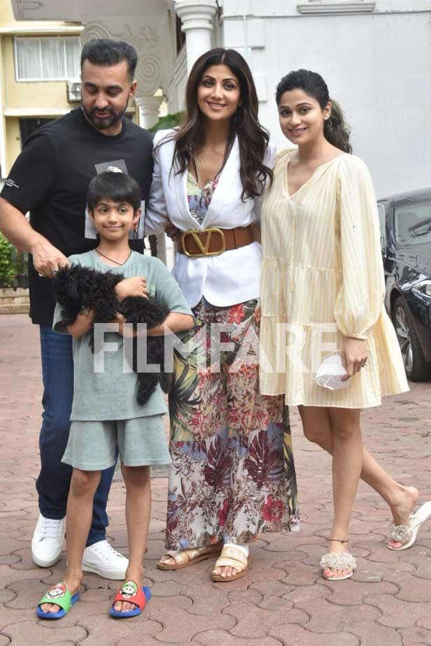 Shamita Shetty, Shilpa Shetty Kundra, Raj Kundra, Viaan Raj Kundra