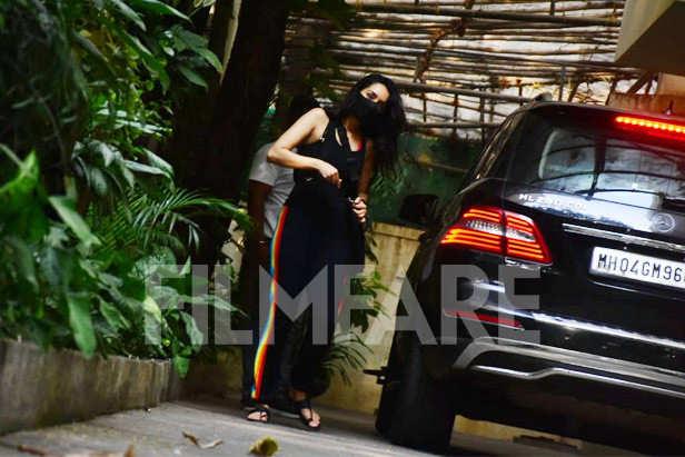 , Shraddha Kapoor clicked at sunny super sound in Juhu,