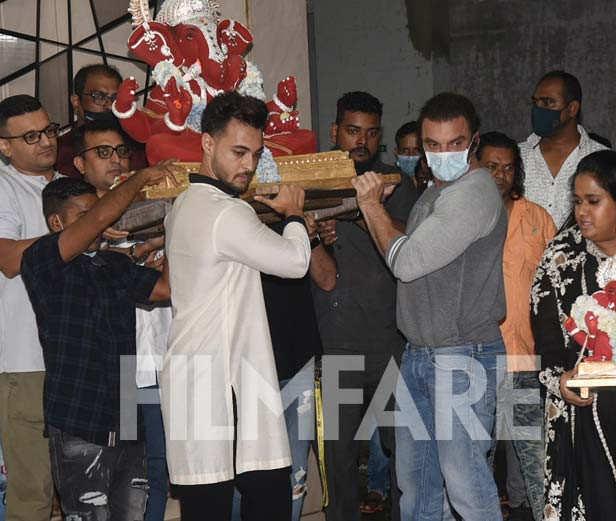 Aayush Sharma, Sohail Khan, Arpita Khan