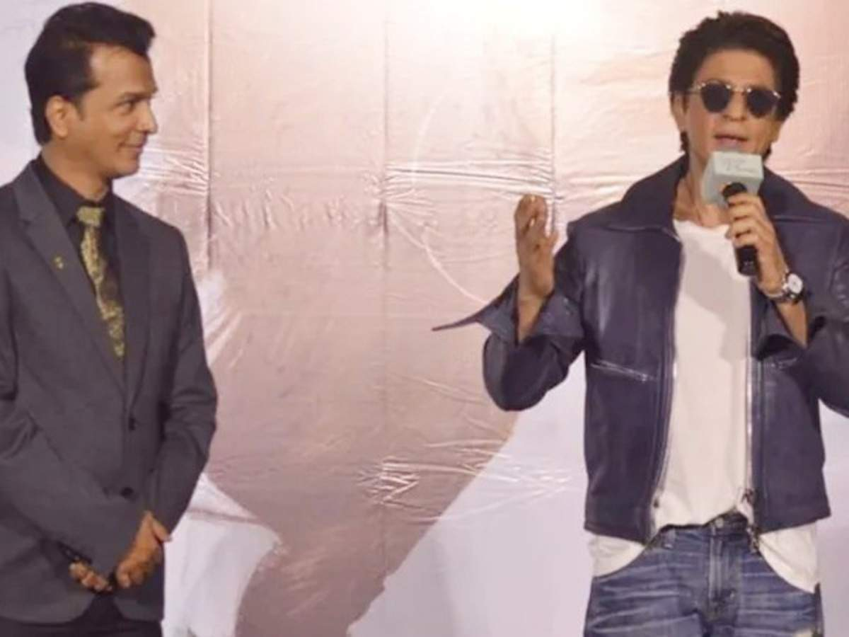 Shah Rukh Khan Launches The Trailer And Music Of Vikram Phadnis Marathi Film Smile Please Filmfare Com