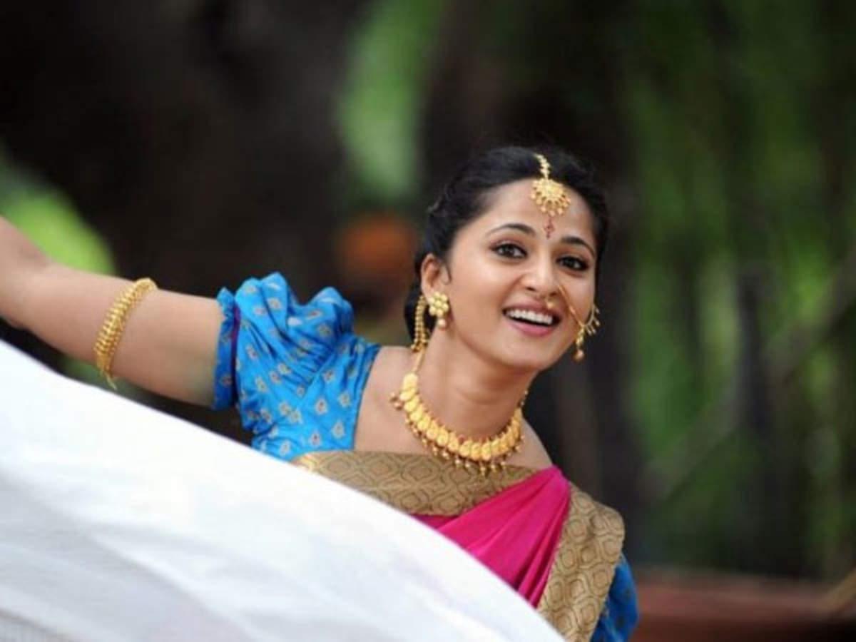 Anushka Shetty and Rana Daggubati celebrate 3 years of Baahubali 2 |  Filmfare.com