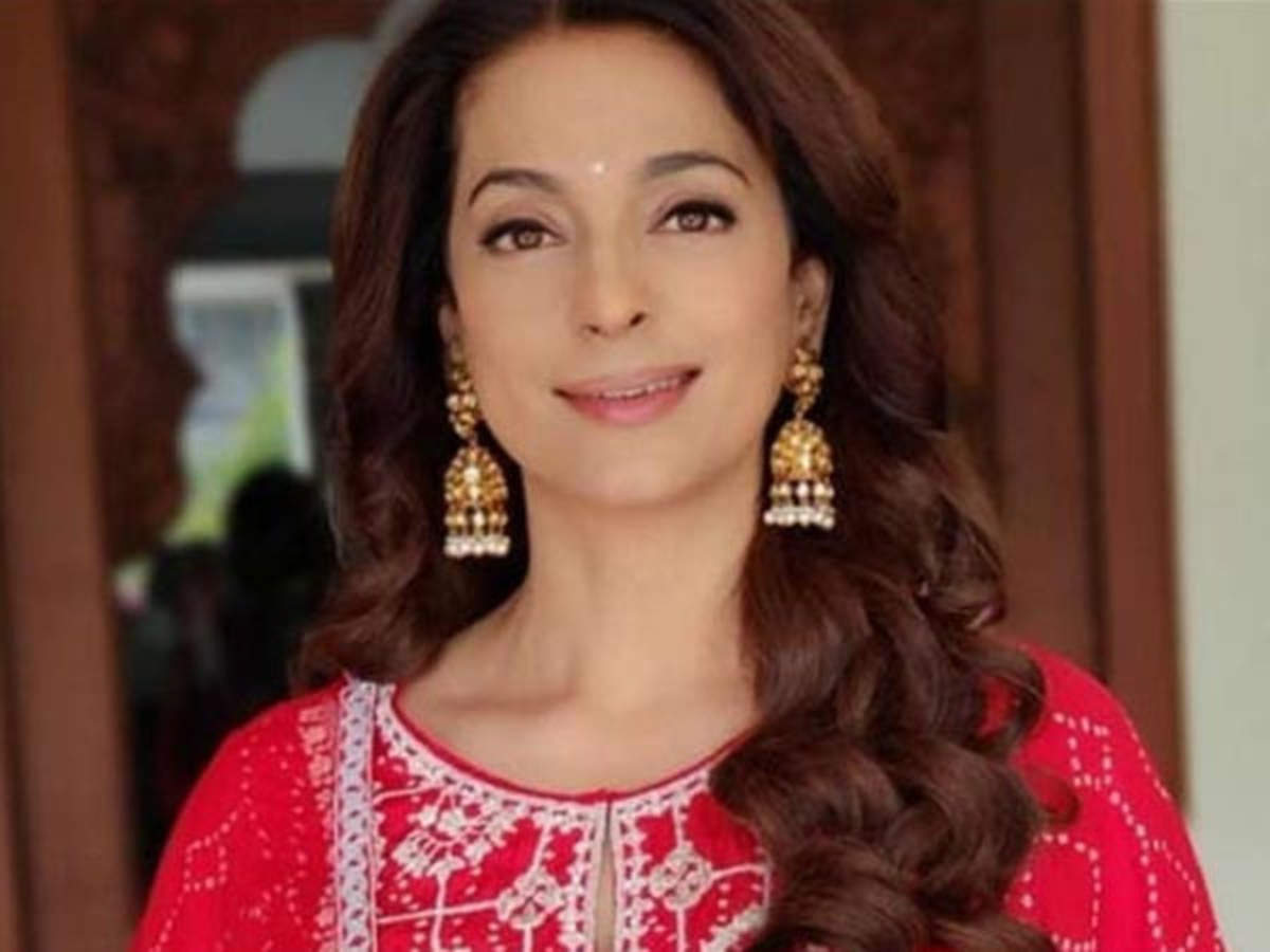 Juhi Chawla Opens Up About How She Returned Home From Austria Post The Lockdown Filmfare Com