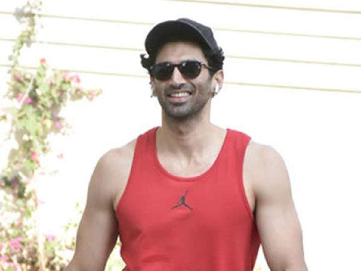 I Am In No Hurry Aditya Roy Kapur On Plans Of Getting Married Filmfare Com