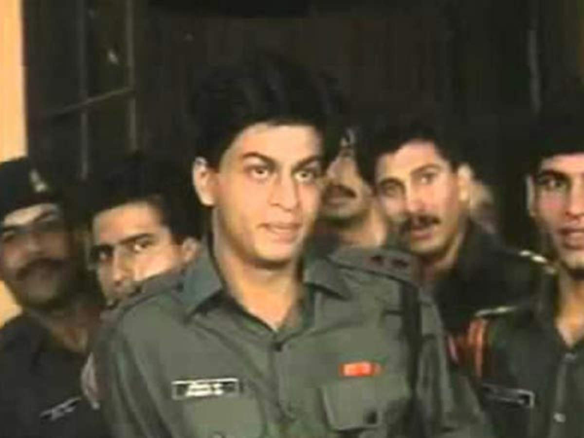 Here's how Shah Rukh Khan's Punctuality Issues were Fixed During Fauji |  Filmfare.com