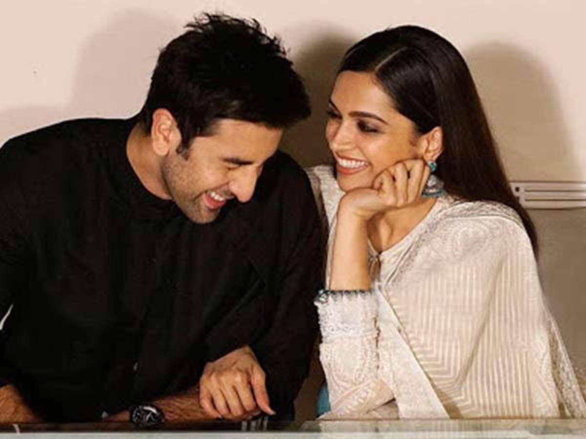 Sanjay Leela Bhansali approaches Deepika Padukone and Ranbir Kapoor for his  next? | Filmfare.com
